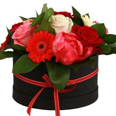 Livrare flori - cutie flori - aranjament floral - trandafiri Bucuresti