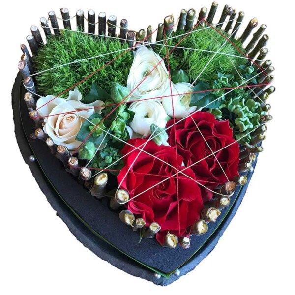 Buchet de flori - florarie online - cutie flori - trandafiri