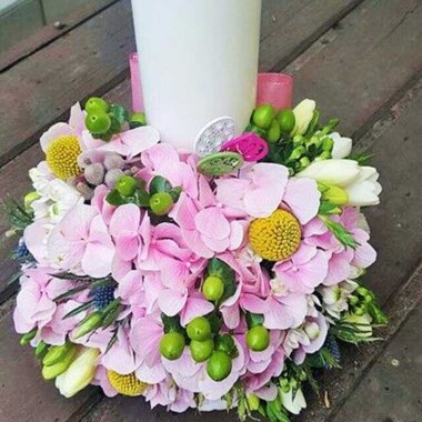 Buchet flori - lumanare nunta - online - livrare flori - frezii