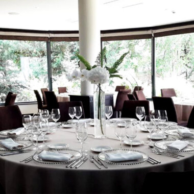 Aranjament floral - florarie online - aranjament masa - nunta perfecta