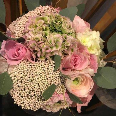Florarie online, livrare flori, buchet mireasa, buchet nasa