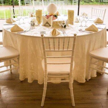Buchet de flori - nunta - botez - livrare flori - aranjament masa