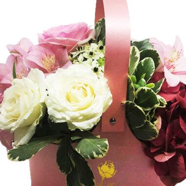Cutie flori, aranjament floral, livrare flori Bucuresti