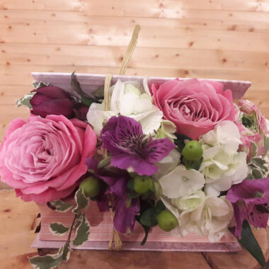 Cutie Flori - Trandafiri Hortensie
