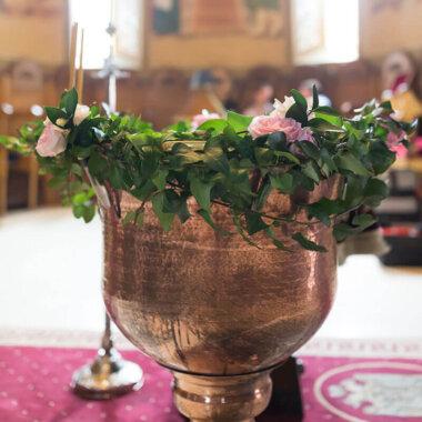 Aranjament cristelnita flori naturale
