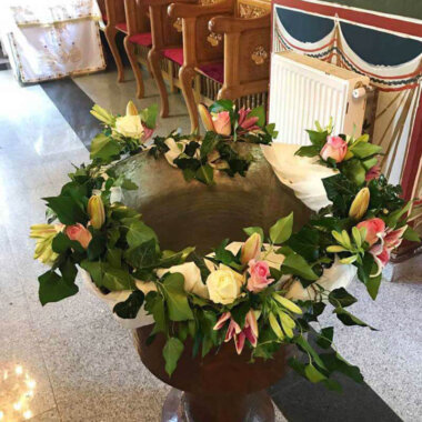 Cristelnita flori naturale Bucuresti