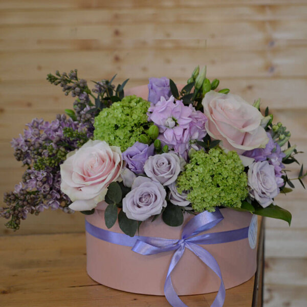 Aranjament Trandafiri - Frezie - Liliac