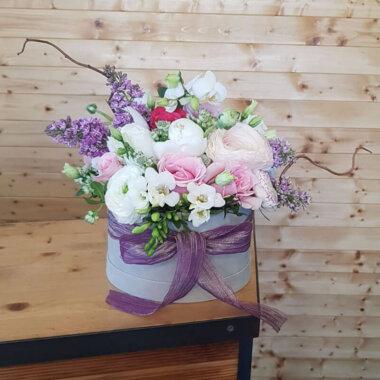 Cutie flori primavara - liliac