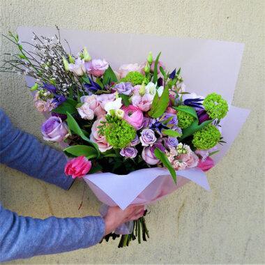 Buchet trandafiri - lalele - liliac