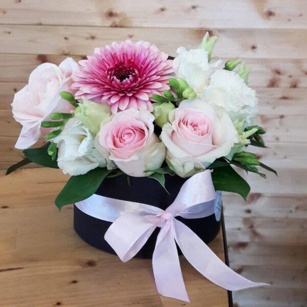 Trandafiri Lisianthus Gerbera Euchalipt