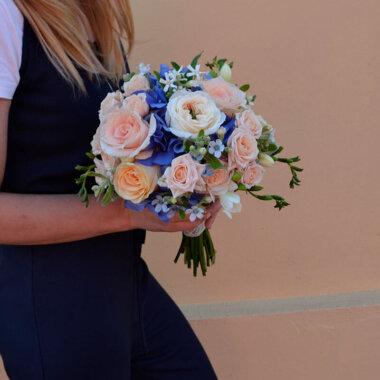 Buchet mireasa/nasa hortensie - trandafiri