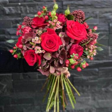 Buchet Trandafir rosu - Hortensie - Wax flower