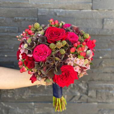 Buchet mireasa/nasa trandafiri - livrare rapida